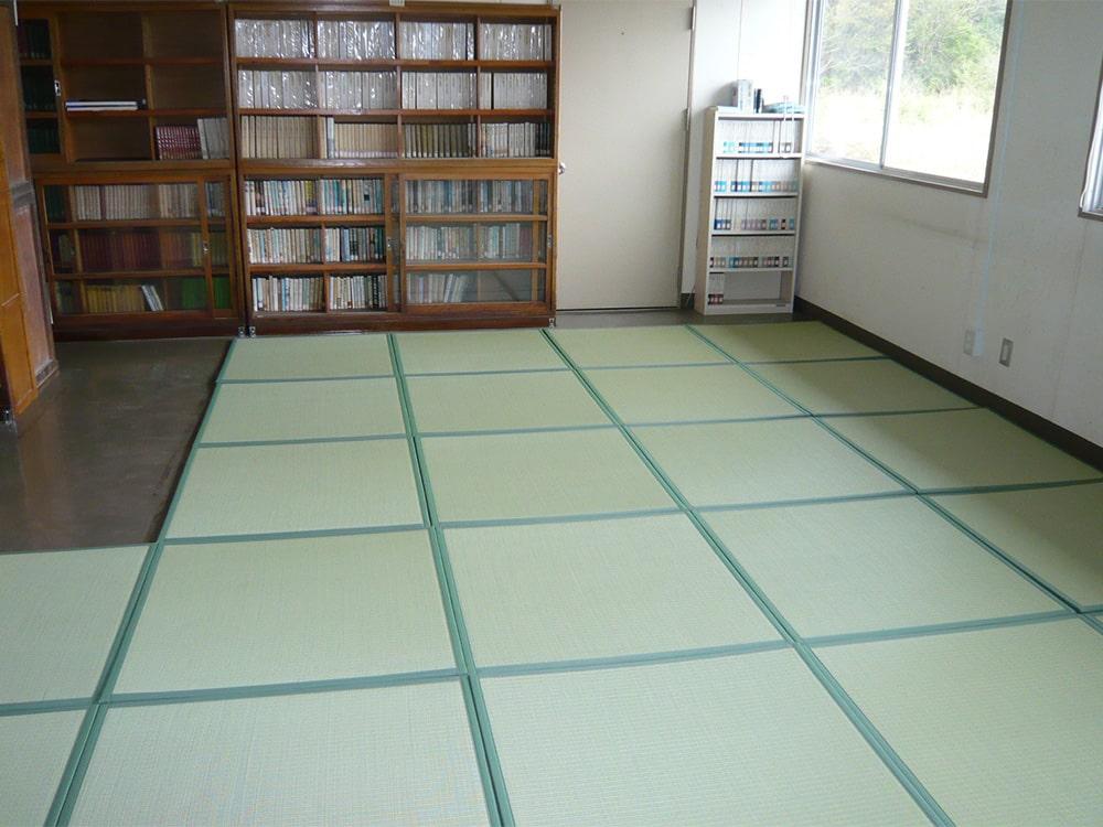 学校図書室を避難所に活用